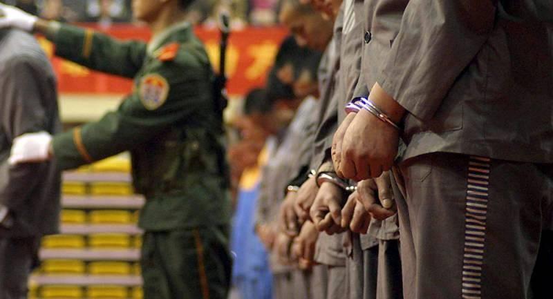 Китайского чиновника ожидает смертная казнь за коррупцию