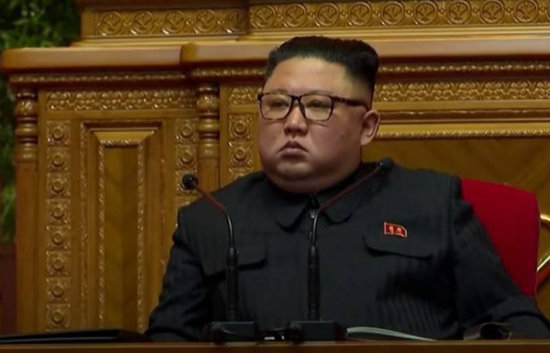 В КНДР спустили на воду атомную подлодку