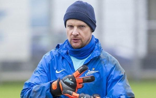 Врачи рассказали о состоянии футболиста Вячеслава Малафеева, госпитализированного с коронавирусом