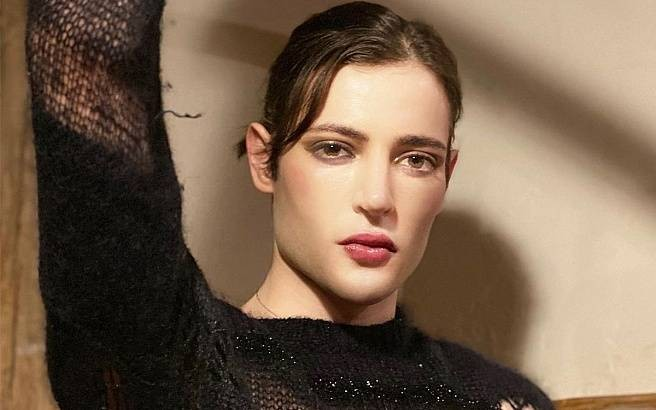 Гарри Брант, сын знаменитой модели Стефани Сеймур, скончался в возрасте 24 лет