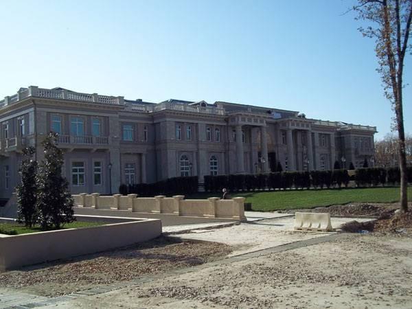 Дом сына главы Росгвардии Виктора Золотова выставили на продажу