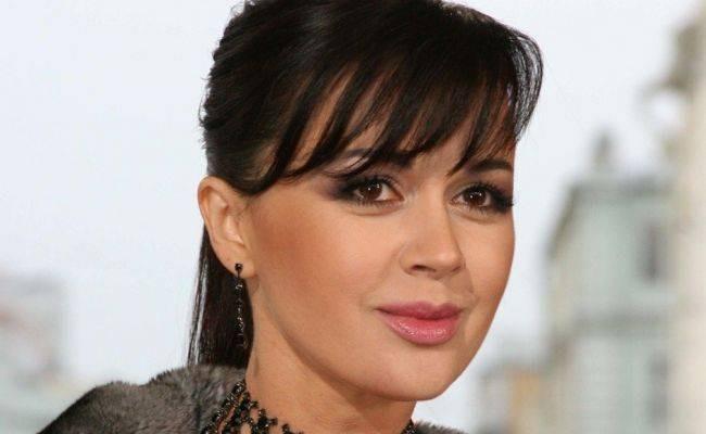 Что известно о болезни и состоянии здоровья актрисы Анастасии Заворотнюк в феврале 2021 года