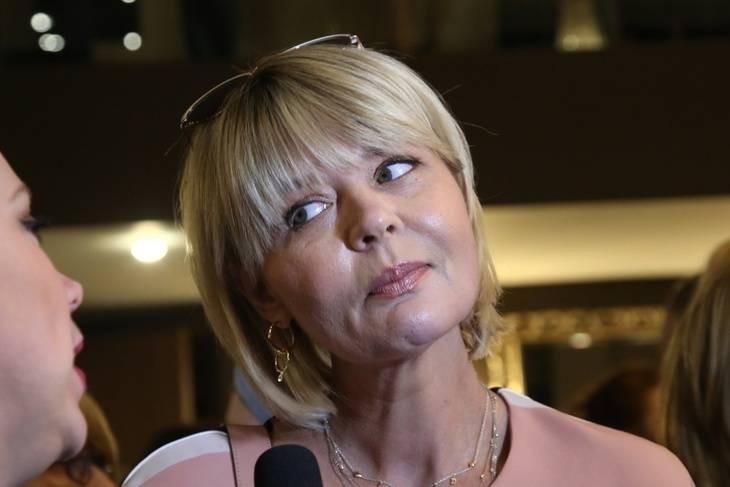 Юлия Меньшова покинула программу «Сегодня вечером» на Первом канале