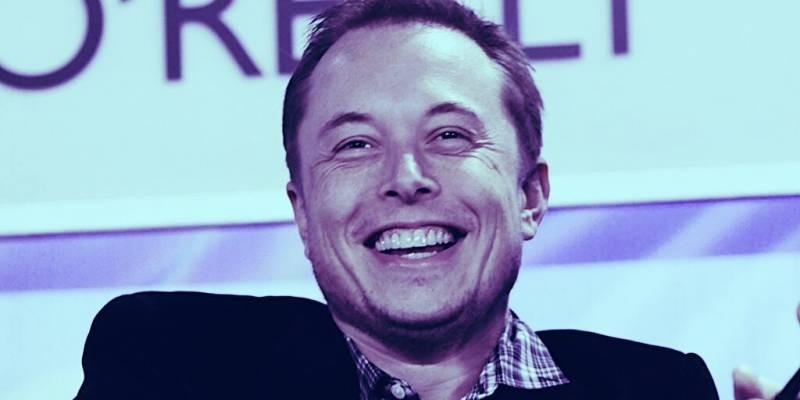 Илон Маск потерял 15 миллиардов долларов за один день из-за поста в Twitter