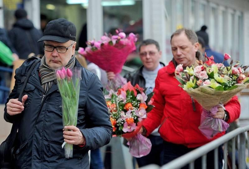 Букет цветов к 8 марту может оказаться не по карману многим россиянам