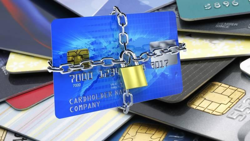 Специалист по кибербезопасности назвал способы защиты денег в мобильном приложении банка