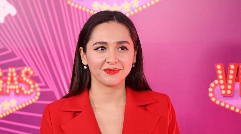 Певица Манижа представила песню для участия в «Евровидении» в 2021 году