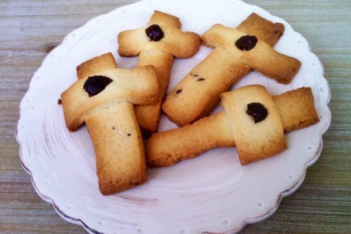 Постное печенье кресты, которое можно испечь по старинному рецепту на крестопоклонной неделе
