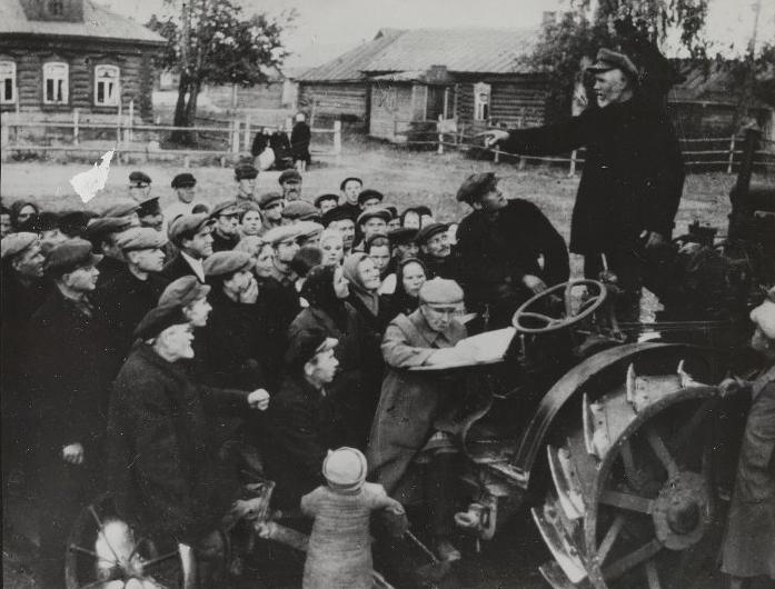 Почему в советских колхозах людям не платили зарплаты