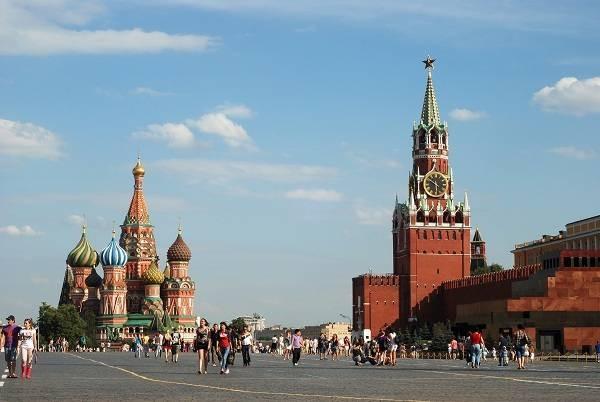 Количество коренных москвичей становится меньше год от года