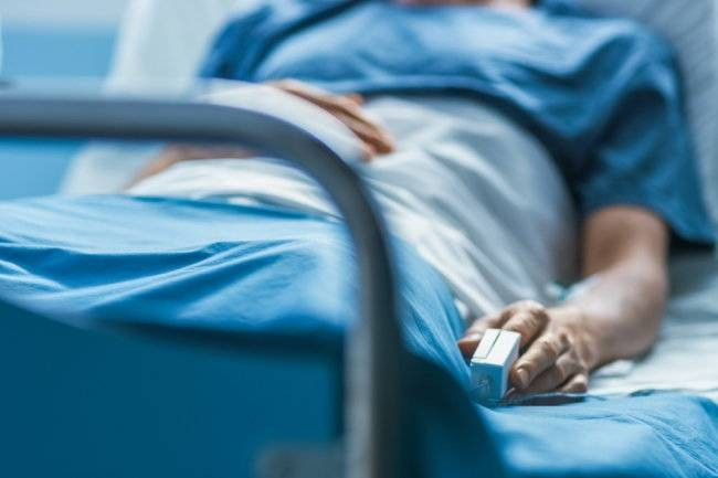 Александр Мясников посоветовал россиянам делать прививку от инфекционного рака