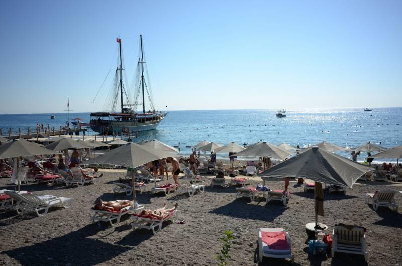 Российские туристы попали в ДТП в Турции 10 апреля 2021 года