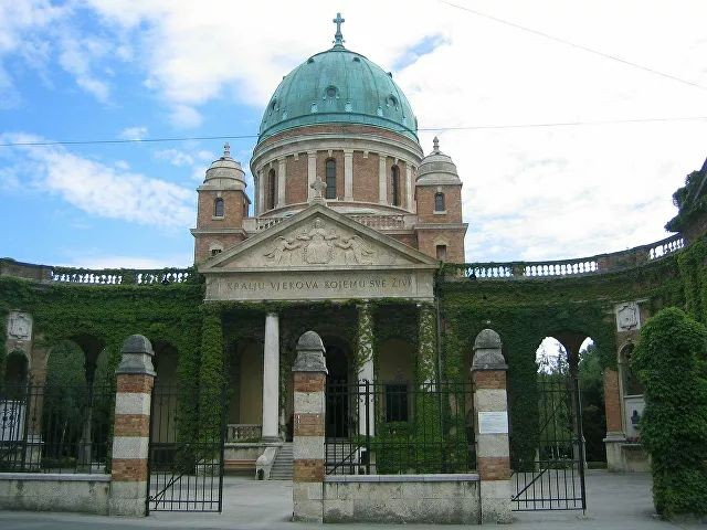 ТОП-7 исторических памятников Европы, которые могут быть уничтожены