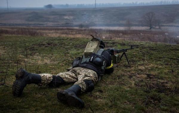 Ситуация в Донбассе продолжает стремительно ухудшаться