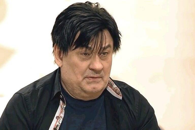 Помолодевший в свои 70 лет артист Александр Серов поразил поклонниц