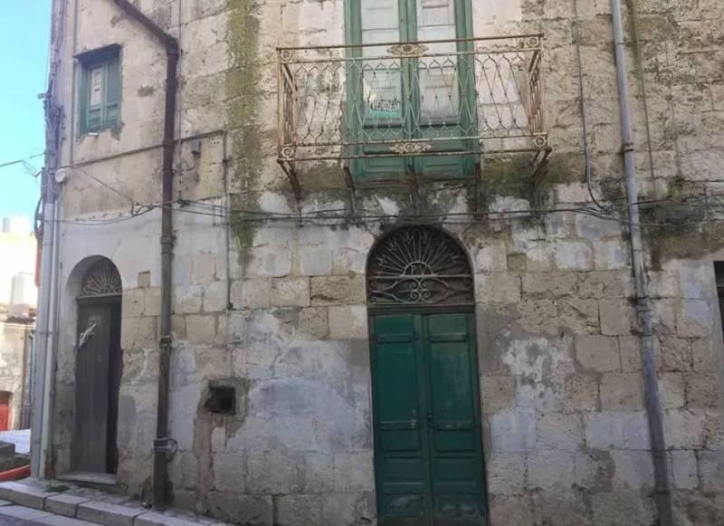 Как дом в Италии за 1 евро обошелся покупательнице в 60 000 евро