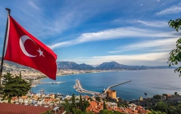 В Госдуме высказались об открытии границ Турции для российских туристов