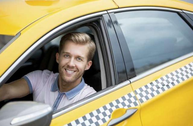 Нужно ли платить налоги репетиторам и водителям в 2021 году