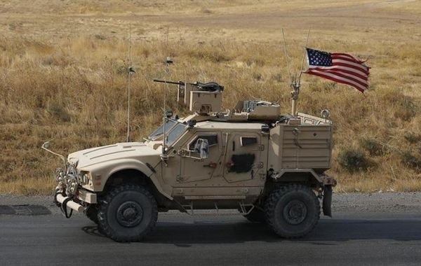 Американцы попытались протаранить российскую бронетехнику в Сирии