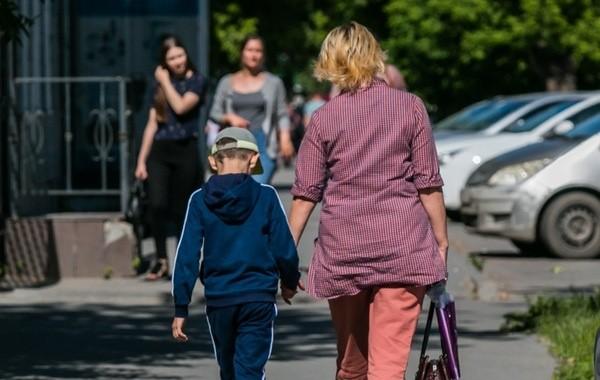 Россиянам рассказали о порядке получения новых пособий на детей