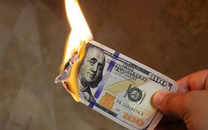 В России планируется отказ от доллара и изменение структуры ФНБ