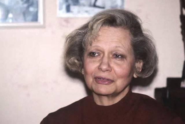 Попавшая под поезд пожилая женщина оказалась внучкой Хрущева