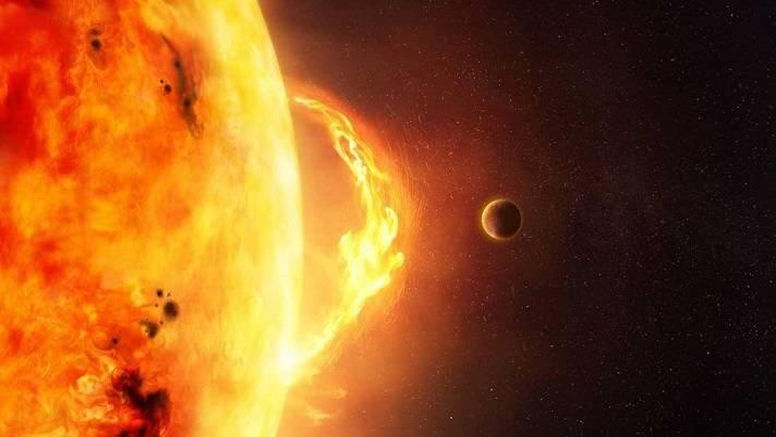 Астрофизики просчитали два вероятных сценария развития событий, которые приведут к гибели Земли