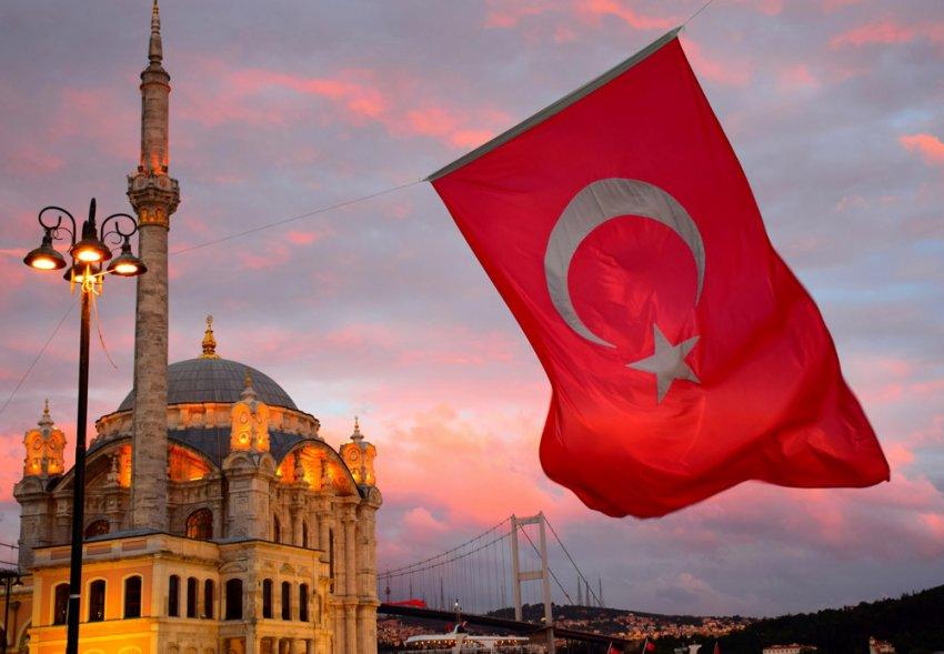 В Турции не уверенны в возобновлении авиасообщения с Россией в июне 2021 года