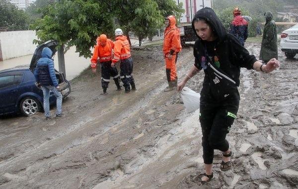 В Сочи затопило несколько улиц