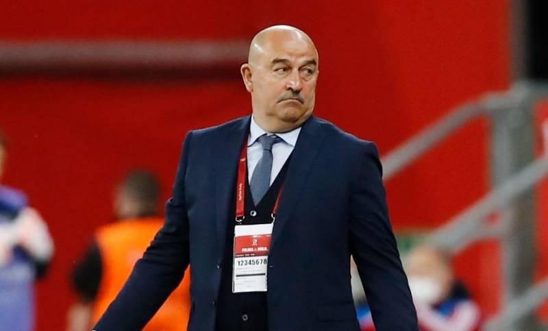 Главный тренер сборной России по футболу Станислав Черчесов был уволен со своего поста 8 июля 2021 года