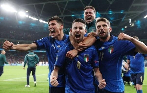 Сборная Италии победила на чемпионате Европы по футболу