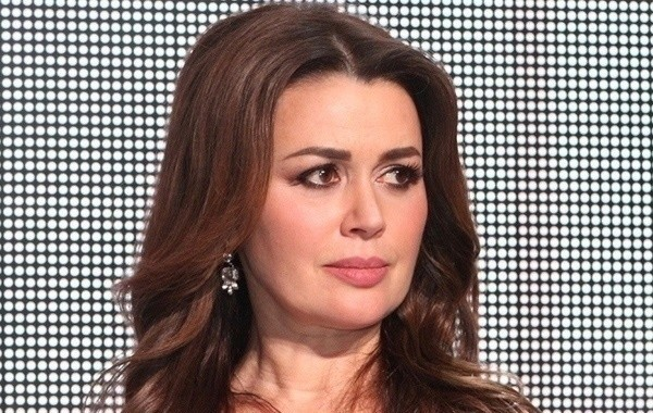Продюсер рассказала, что сейчас происходит с Анастасией Заворотнюк