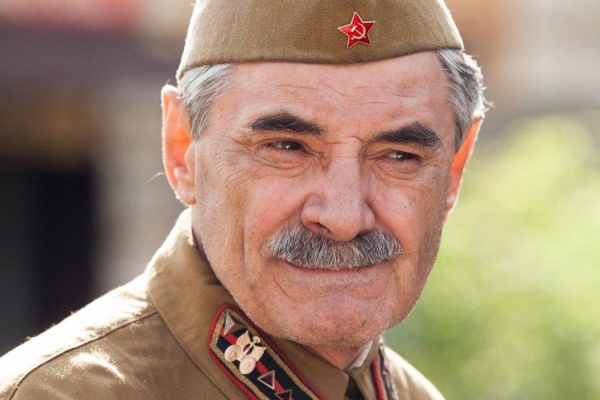 Почему актер Александр Панкратов использует псевдоним «Черный»