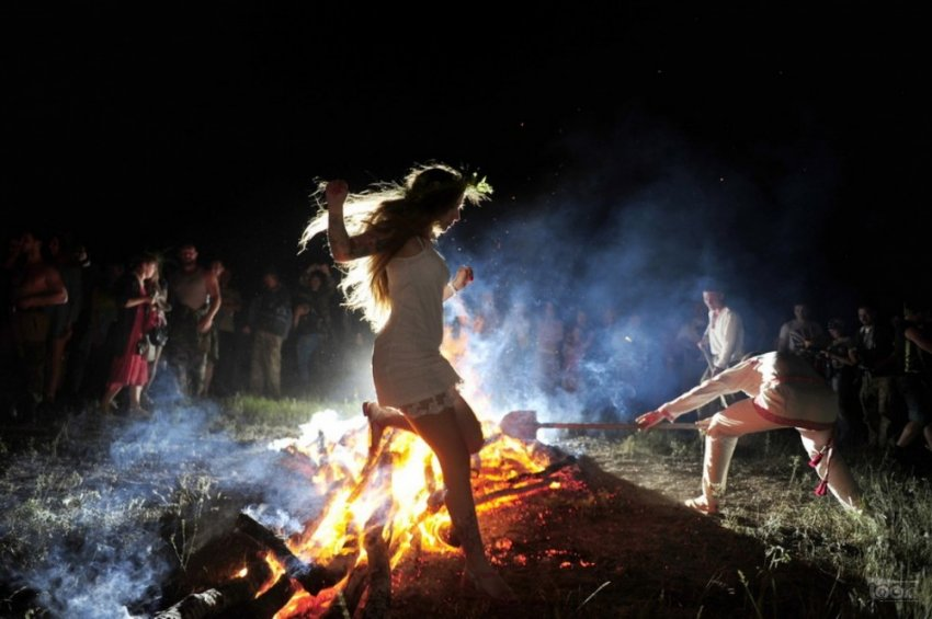 Огненно-световые обряды славян