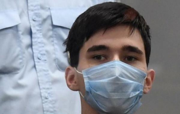 Устроивший стрельбу в школе Казани предпочел пожизненный срок лечению в психбольнице