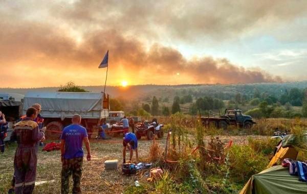 В Башкирии продолжают действовать восемь природных пожаров