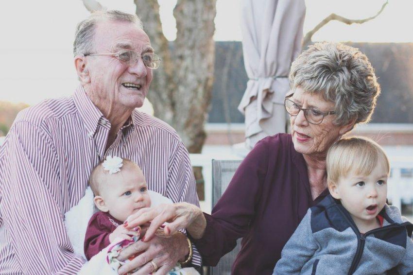 Почему российские пенсионеры мечтают жить в других странах