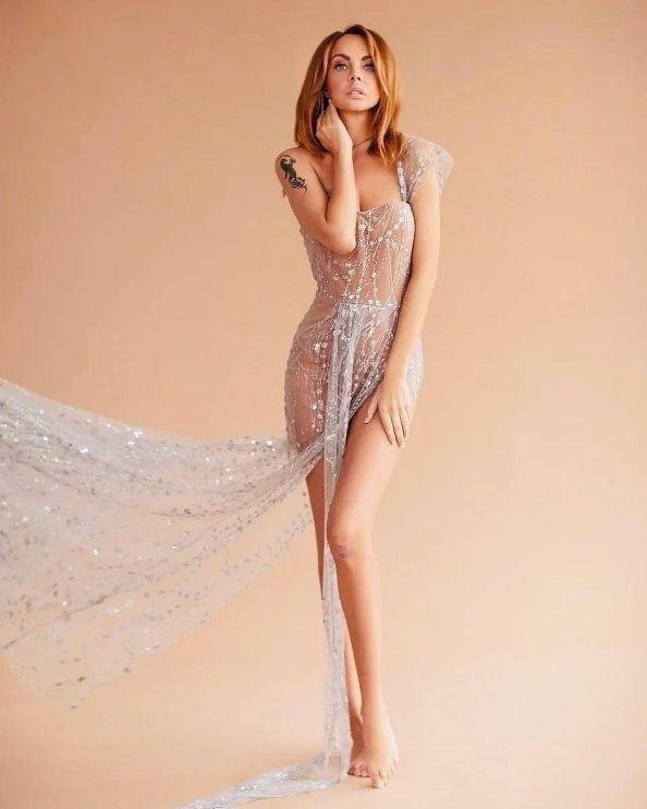 Певица МакSим показала фигуру в прозрачном платье