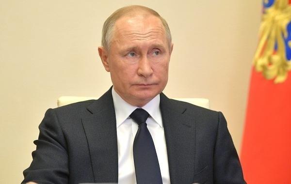 Путин пообещал повышение пенсий в России в ближайшие годы